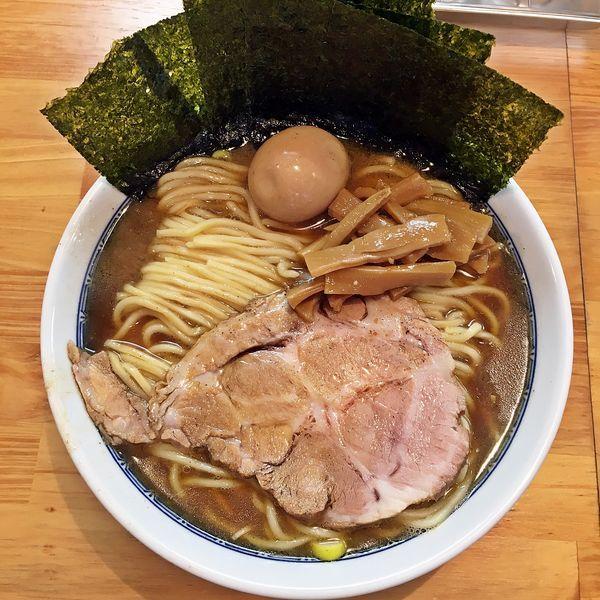 「ラーメン(中)+味玉+海苔¥900」@自家製中華そば としおかの写真