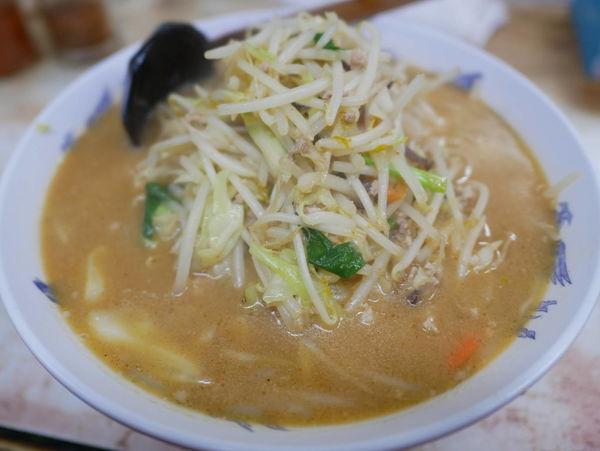 「味噌ラーメン 麺硬め」@弥生亭の写真