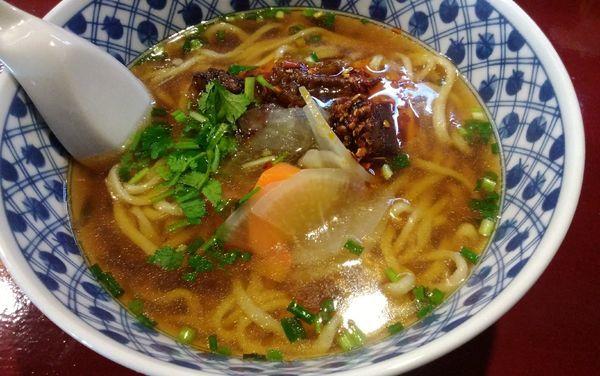 「牛肉ラーメン」@中国蘭州牛肉拉麺 王記 横浜店の写真