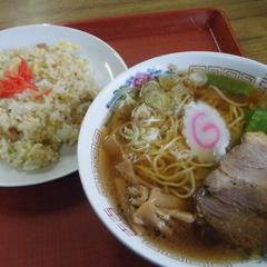 吉倉食堂の写真