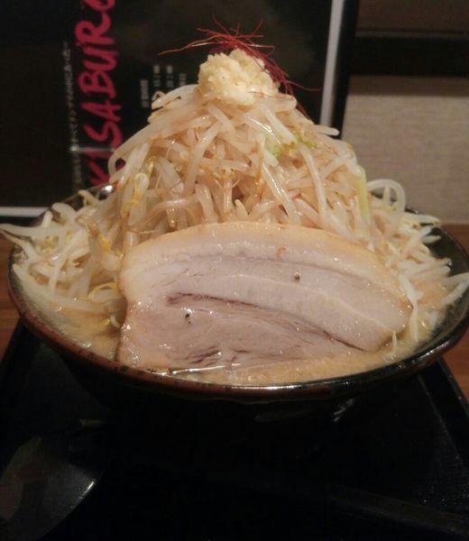 「豚基本 大盛 野菜マシマシ 780円税別」@麺賊喜三郎の写真