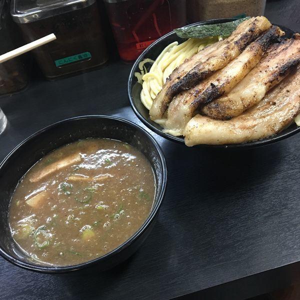 「濃厚豚骨つけ麺(中盛)➕肉増し」@無鉄砲 つけ麺 無極の写真