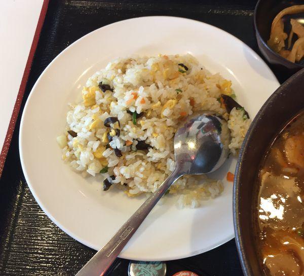 「麻婆麺とチャーハンのセット」@金龍坊 日向山店の写真