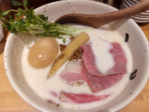 「【らの道カレーランブル】牛のキーマカレー×牛白湯」@牛骨ラーメン ぶっこ志 北浜店の写真