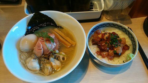 「特製牡蠣そば(1000円)」@寿製麺よしかわ 坂戸店の写真
