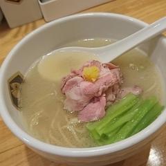 真鯛らーめん 麺魚の写真