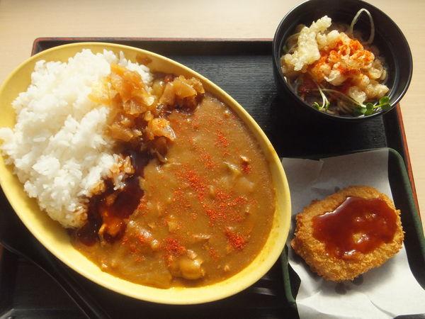 「小そば付きカレーライス450円(クーポンでコロッケ無料)」@ゆで太郎 馬橋店の写真