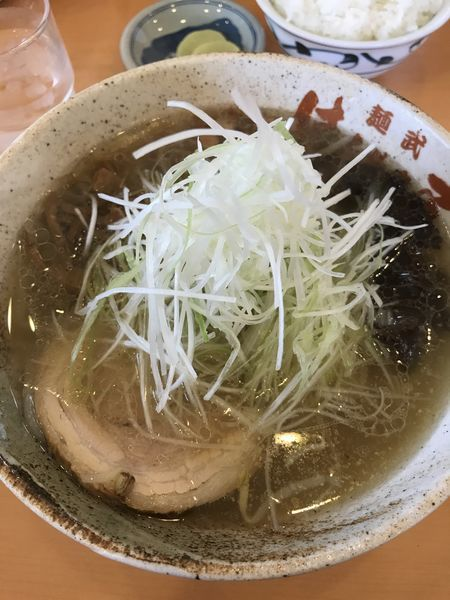 「塩ラーメン」@麺武 はちまき屋の写真