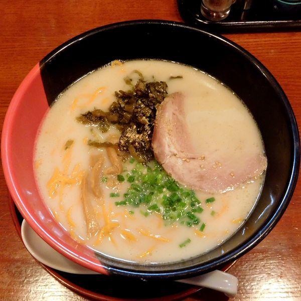「高菜らーめん(赤麺 税別 500円)」@らーめん西海 聖蹟桜ヶ丘店の写真