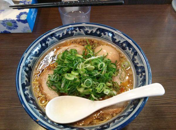 「黒らぁめん+味付玉子」@麺や京水の写真