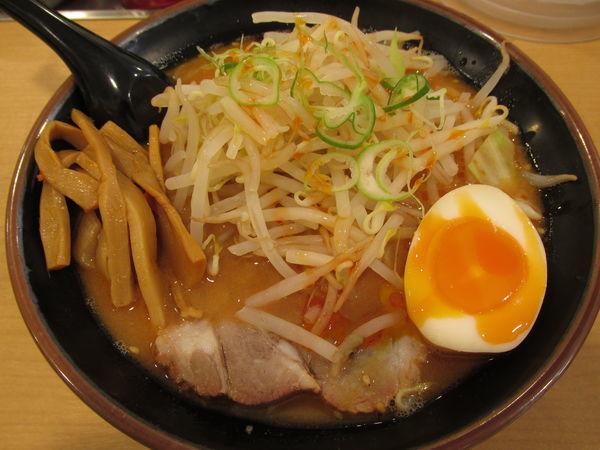 「辛味噌ラーメン 「650円」」@よつ家 竹ノ塚店の写真
