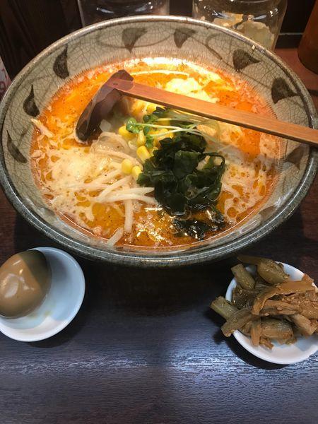 「ピリ辛 味玉、メンマ  770+20+20」@味噌一 三軒茶屋店の写真