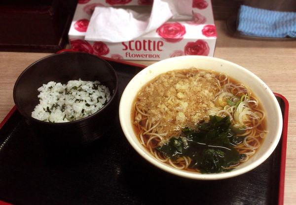 「朝食セット(390円)」@そば処 あり賀せいろうの写真