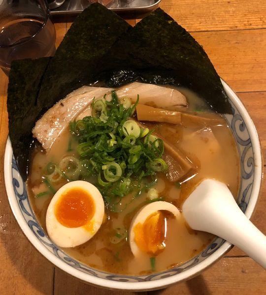 「鯛だし醤油そば はなやま」@鯛だしそば・つけ麺 はなやまの写真