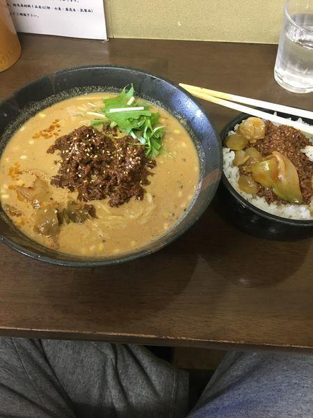 「香味たんたん麺 肉味噌丼」@ごまやの写真