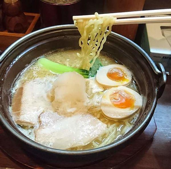 「鍋焼きラーメン」@鍋焼きらうめん ひさしの写真