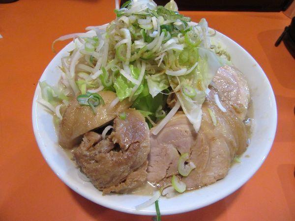 「ラーメン豚一切れ(840円)+豚増し+味玉」@ちばからの写真