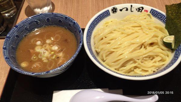 「つけ麺」@めん徳 二代目 つじ田 福岡空港店の写真