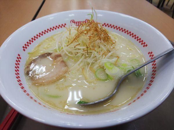 「豚骨鷄白湯ラーメン430円」@スガキヤ 三好ベイシア店の写真