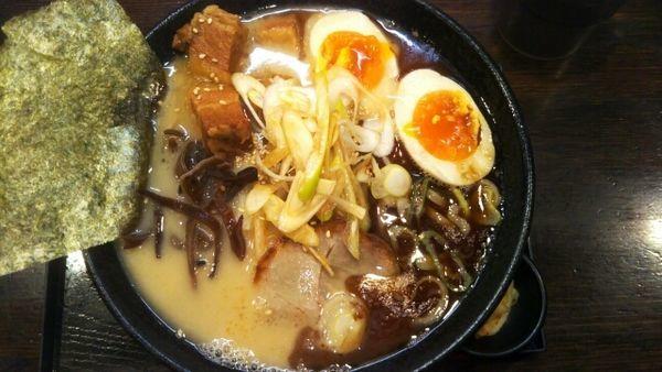 「裏一基らぁめん(太麺) 1000円」@一基の写真