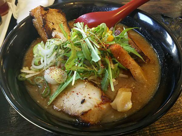 「炙りチャーシュー麺(味噌) ※クーポンで700円」@じゃげな 辰野店の写真
