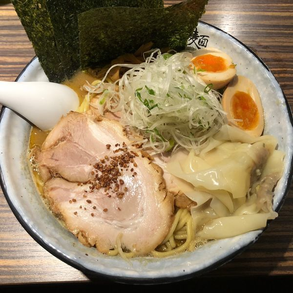 「特製利休醤油らあめん ¥1,100」@麺屋 利休の写真