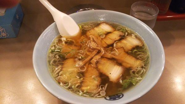「醤油チャーシュー麺」@丸信ラーメン 駅前店の写真