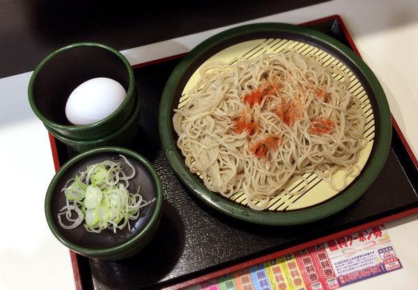 「もりそば(320円)+生たまご(クーポン)」@ゆで太郎 神田司町店の写真