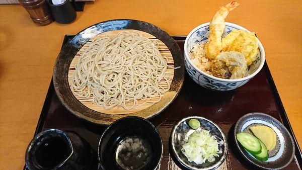 「せいろ ミニ天丼セット 1090円 ※」@和庵の写真