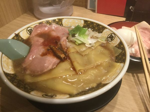 「特製 鶏とろみそば 830円」@麺屋 甚八の写真
