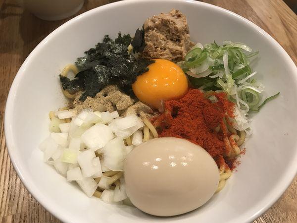 「たくぞうガッツ麺+味玉」@たくぞうのらーめんの写真