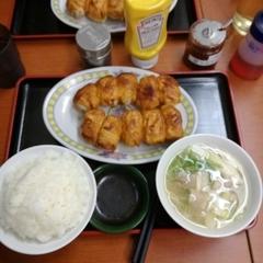 ホワイト餃子 高島平店の写真