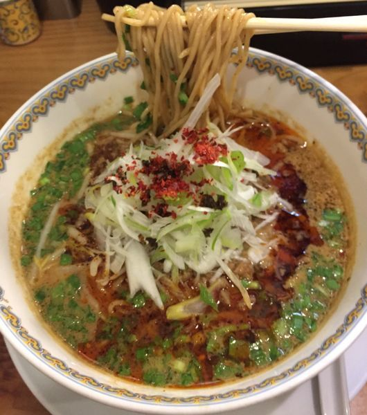 「汁あり担々麺(辛さ3痺れ3)880円」@雲林坊の写真