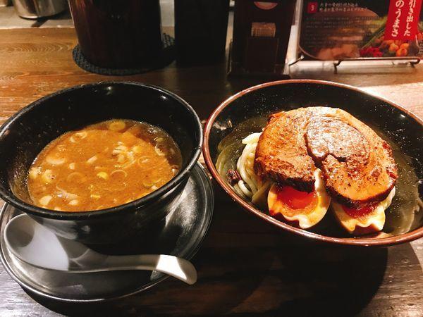 「豚つけ+炙りチャーシュー+味付玉子」@時屋の写真