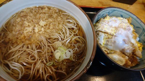 「カツ丼セット」@山吹 鶴巻本店の写真