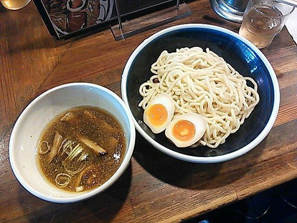 「つけ麺(味玉付き)(並)」@麺鮮醤油房 周平の写真