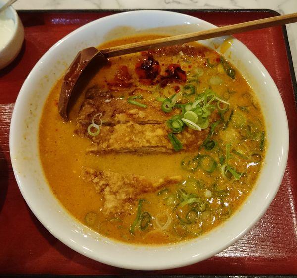 「パイコー担々麺(週替わり麺)  900円」@中華料理 雁川の写真