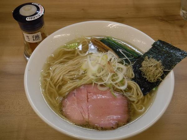 「魚介鶏だし塩らぁめん 650円(中盛無料)」@麺処 有彩の写真