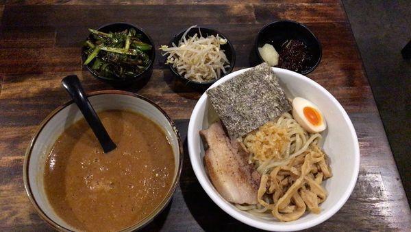 「重厚つけ麺 辛うま」@オリオン食堂の写真
