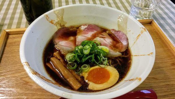 「黒ラーメン」@麺ビストロNakanoの写真