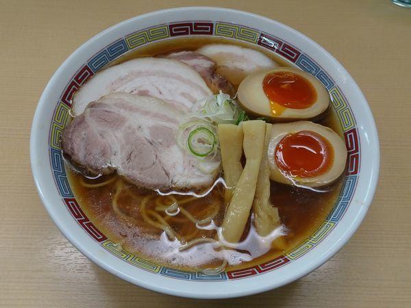「特製昔ながらのらーめん(980円)」@煮干鰮らーめん 圓の写真