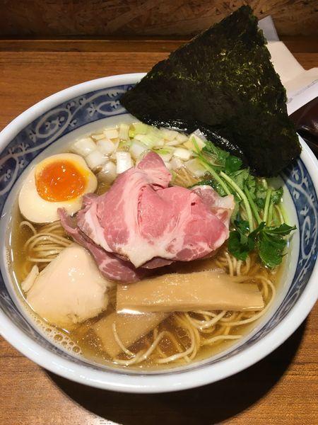 「煮干しそば白醤油」@寿製麺よしかわ 川越店の写真