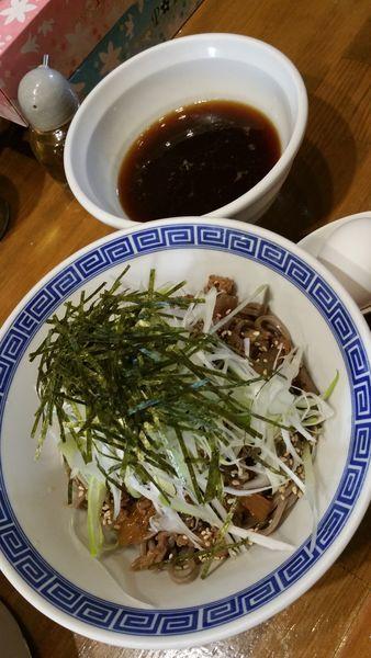 「肉盛つけ蕎麦」@馳走麺 狸穴の写真