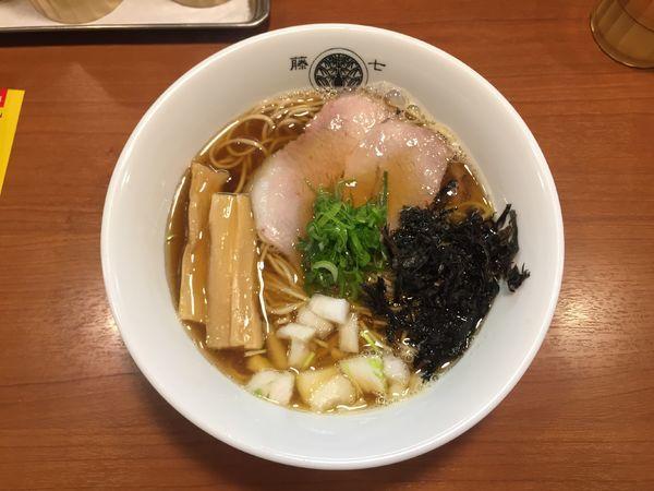 「煮干しラーメン」@らぁ麺とうひちの写真