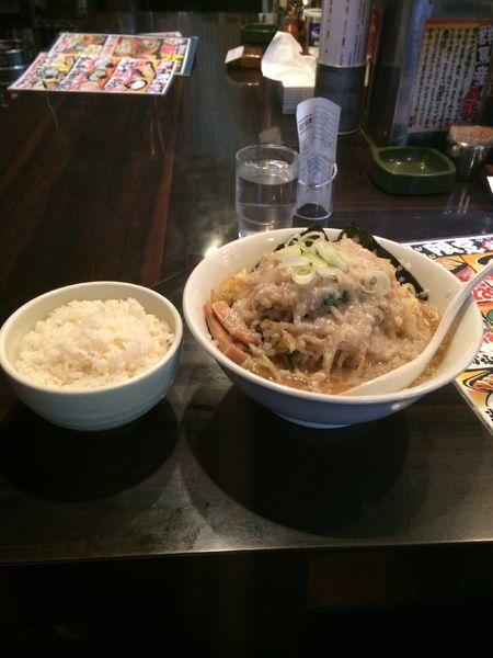 「環七野菜ラーメン鬼脂 ライス」@環七ラーメン 周麺の写真
