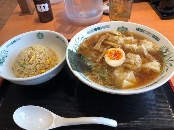 「ワンタン麺+半チャーハンセット800円」@日高屋 草加西口店の写真