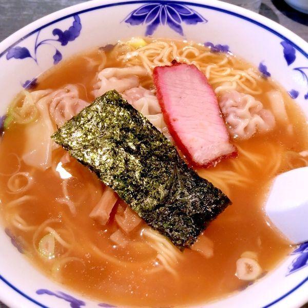 「ワンタン麺」@りょうたん亭の写真