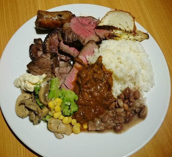 「自家製ビーフカレー(ブュッフェランチ)」@ブラジリアンレストラン キボンの写真