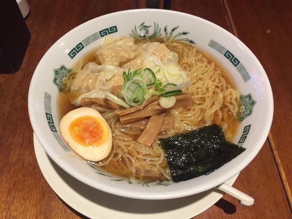「ワンタン麺(大盛)」@熱烈中華食堂 日高屋 大宮西口店の写真