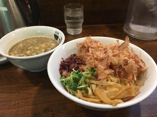 「梅つけ麺」@つけめんTETSU 駒沢大学店の写真